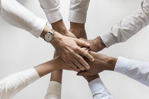 Les avantages clés que toute entreprise, organisation ou club obtiendra en entreprenant un team building.